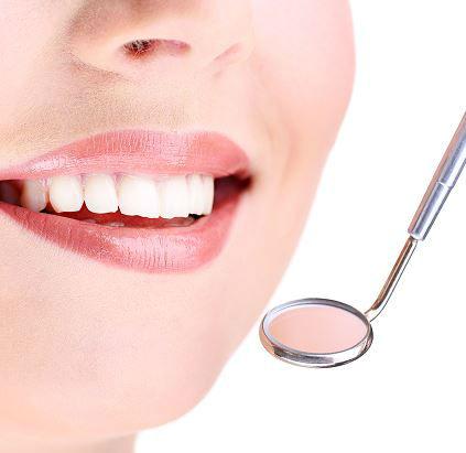 lakowanie zębów rzeszów