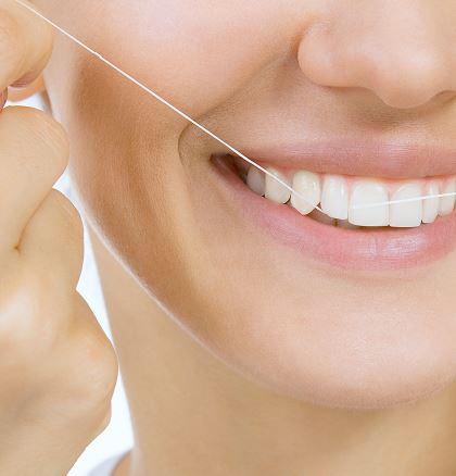 nić dentystyczna czyszczenie